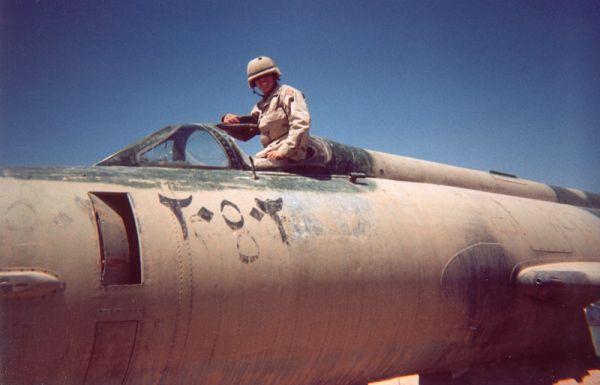 Mig-21 abandonado em Kirkuk-Iraque