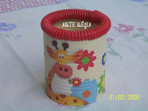 Reciclagem em lata de leite ANIMAL rsrs