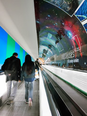 Métro Montparnasse (philoufr) Tags: motion blur paris subway métro corridor montparnasse couloir flou mouvement ratp canonpowershots90