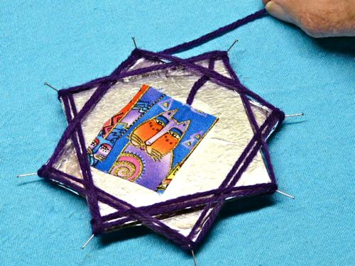 Елочные игрушки из картона своими руками фото