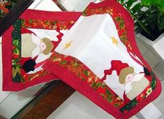 trilho natal (Arte & Flor) Tags: natal artesanato patchwork papainoel decorao mesa trilho