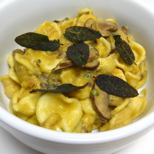 Pumpkin & Mushroom Pasta with Gorgonzola