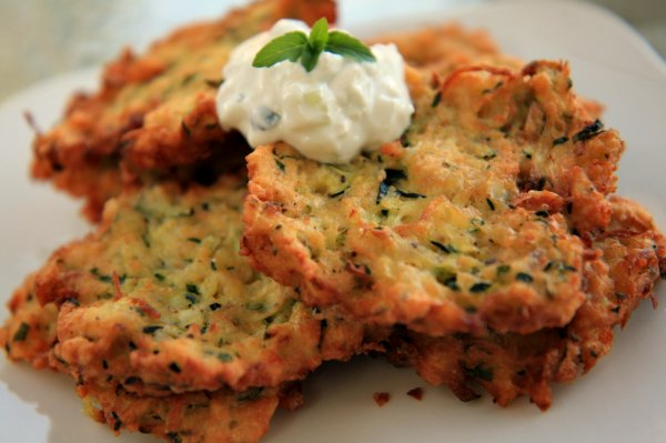 Zucchini Fritters with Tzatziki Sauce | The Noshery