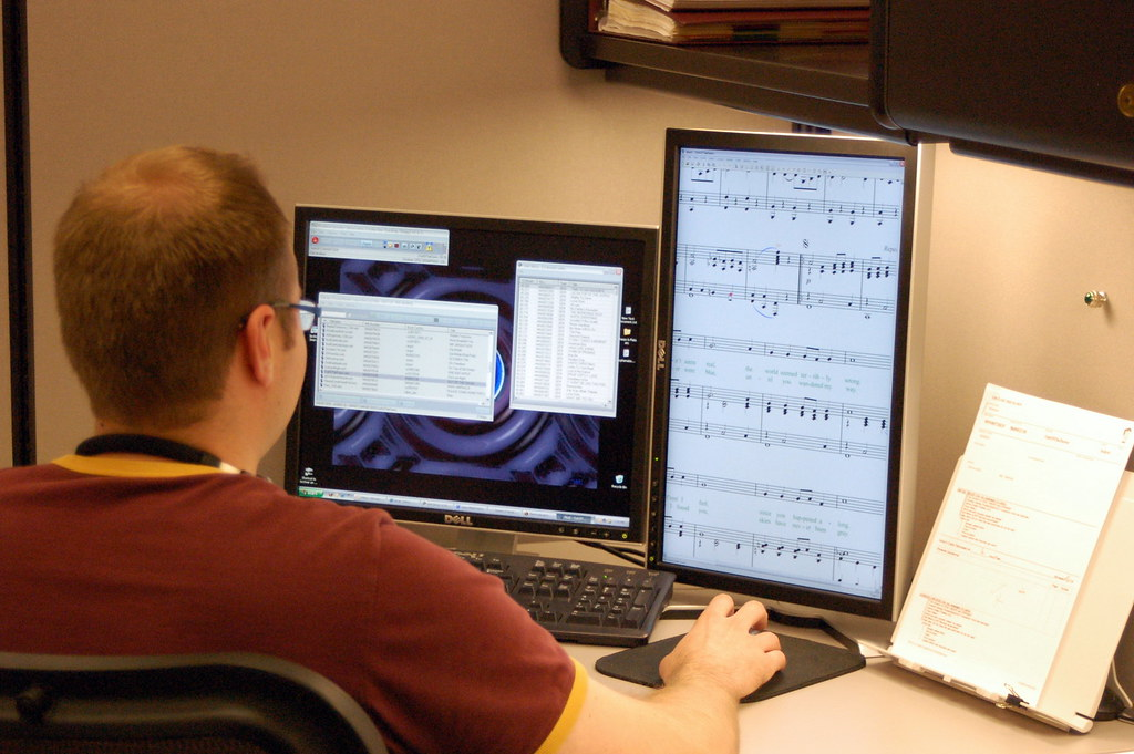 Reviewing Digital Sheet Music