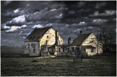 The house of Usher (Cpt<HUN>) Tags: old light house color landscape scary mood ghost ruin style age usher poe dvornik colourartaward