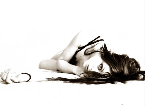 14-Self_Portrait__lying_by_larafairie