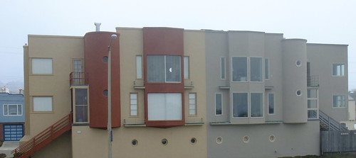 Architecture of the Outer Sunset along the Great Highway 13
