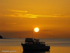 sunset1 (mejiara) Tags: ocean sunset sky atardecer mar costarica barco playa cielo naranja anochecer oceano anocheciendo guanacaste pesquero mywinners abigfave celajes