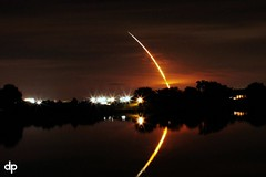 Discovery, STS 128 Launch (as seen from Tampa) (Damgaard, (TheObsessivePhotographer.com)) Tags: longexposure lake reflection tampa streak florida space nasa shuttle mirrored rocket capecanaveral launch discovery spaceshuttle blastoff thechallengefactory sts128