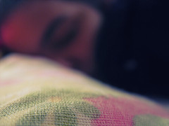 076/365 (rafaboreanaz) Tags: macro dof bokeh sleep wideawake fanfiction canona610 project365 featuredonadidapcom