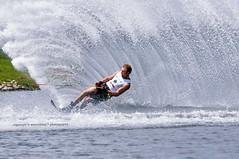 Splash (wanahfong) Tags: water sport nikon air malaysia putrajaya nikkor 2009 slalom waterski mwsf precinct 80200 sukan d300 skiier yoong 80200f28 iwsf hanifah wanahfong