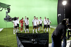 Nationalelf vor Greenscreen am Set zum adidas Teamgeist Graphic Novel Game (adidasfussball) Tags: deutschland weltmeisterschaft jersey worldcup adidas makingof sdafrika 2010 podolski ballack fusball trikot dfb lahm nationalelf teamgeist schweinsteiger techfit graphicnovelgame onlinebrowsergame