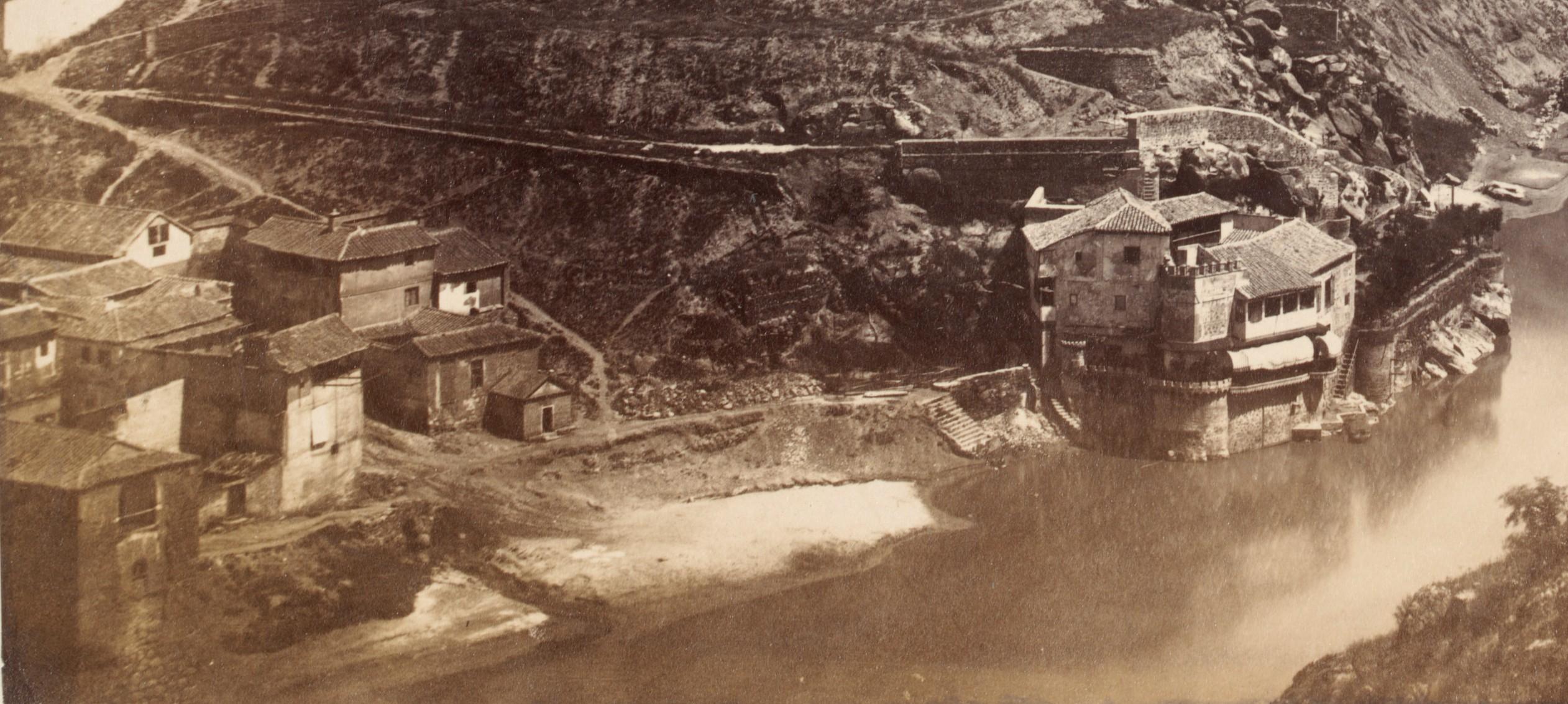Torre del Hierro de Toledo en 1857. Foto Charles Clifford (detalle)