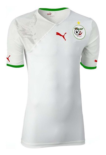 The new Algerian Football Team T-Shirt by Puma par Maamar DLIOUAH