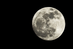15 Moon 14-03-15 Full Moon 100% (Steven Vacher) Tags: moon black night dark astro fullmoon astrophotography nightsky savage savagephotography