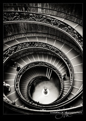 Vatican Spiral Down II (Sean Molin Photography) Tags: european vacationeuropeitalyrome2009marchvacationitalli vacationeuropeitalyrome2009marchvacationitallian