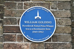 Photo of William Golding blue plaque