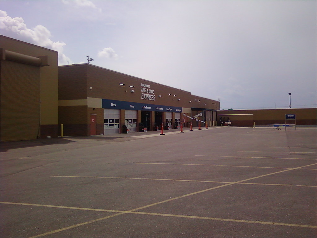 Wal-Mart - Faribault, MN - Tire & Lube Express