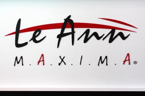 Lee Ann MAXIMA 1