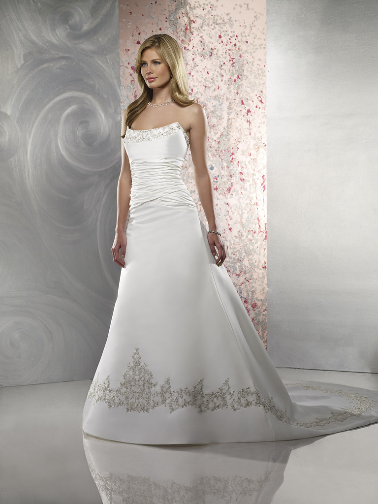 49105 Brautkleid In A Linie Brautmode Angelyde Tags
