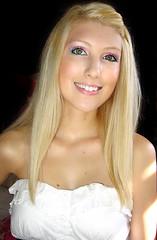 Shandi-lee III {smiley} (Shandi-lee) Tags: selfportrait blonde eyemakeup shandi shandilee shandileee