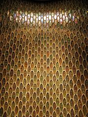 Alucinando en el WC.... (ToniMolero07) Tags: light espaa luz wall sparkles pared andaluca spain crystal decoration reflected wc andalusia cristal brightness mlaga reflejos brillos mmp decoracin elcasino 2016 destellos gresite halogenous yourcountry tonimolero