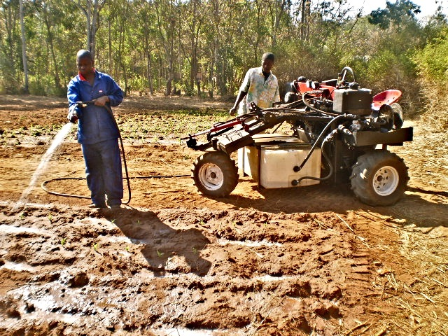 V-Tractor at work in Malawi