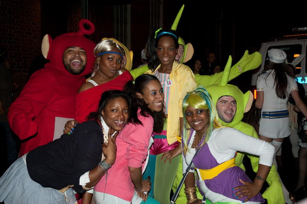 20091031 elena dubas tags nyc costumes halloween teletubbies elenadubas