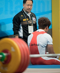 harsh decison on his 3 rd CJ close for WR attempt (Rob Macklem) Tags: china men record sa kg 77 lu olympicweightliftingkoreaworldchampionshipsgoyangcity