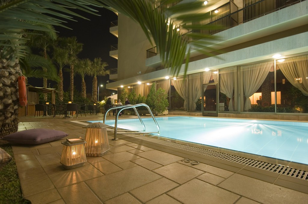 Swimming pool @ nightime