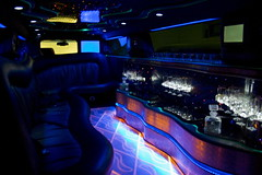 Limousine Partner (Zee Chaudhry) Tags: ford car oslo norway benz h3 interior zee rage limo massive vehicle motor chrysler shan hummer h2 300c partner limousine merc exclusion zeeshan mercedez sclass chaudhry limousiner