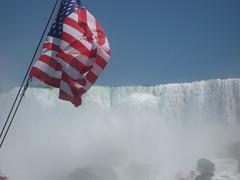 American Falls & Flag (lbrl52) Tags: niagarafalls maidofthemist americanfalls