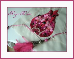 Trkiye Sevdas (nigarhikmet) Tags: pink flowers red roses flower rose beads handmade embroidery trkiye silk tulip ribbon lint gl visualart elii desing tassel ribbonrose ribbonembroidery tabledecor kurdela sakarya supershot ribbonwork ribbonflowers ribbonroses ineoyas nak akyaz kurdele trklalesi bndchenstickerei odemisipegi kurdelenakisi kurdelanakisi ribbontulips lintborduren kurdelenak lintwerk