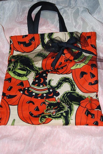 Vintage style Spooky Trick or Treat Tote Bag