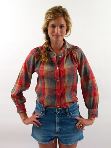70's PLAID RUFFLE BLOUSE