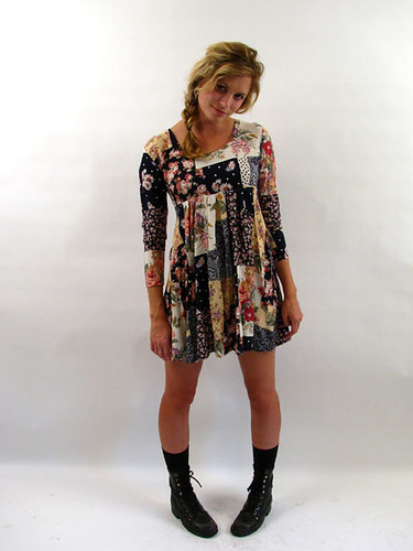 90's PATCH FLORAL DRESS