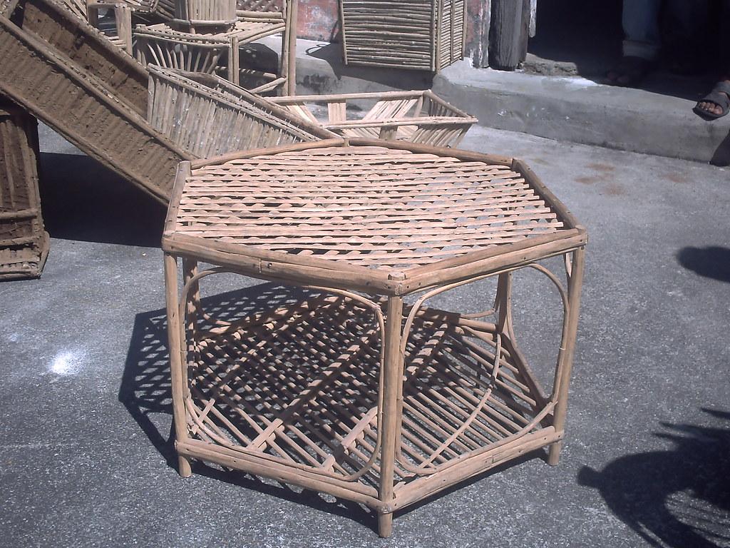 Lantana small table