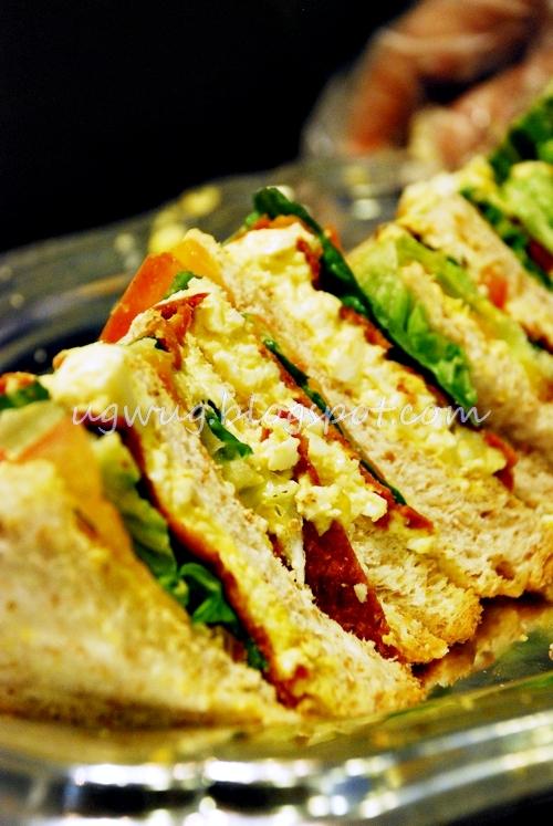 Chicken Crisp & Egg Sandwich