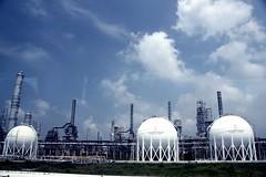 Pabrik (Agianda) Tags: sky clouds indonesia factory awan langit pabrik eyang kilang habibah