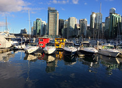 The Marina at Coal Harbour (Vida Morkunas (seawallrunner)) Tags: ted canada vancouver evening bc britishcolumbia coalharbour cwall olympictorch tedconference closingoftheparalympics
