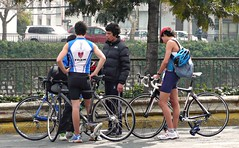 Sport in my neighborhood ( Duatlon ) (alobos Life) Tags: chile santiago cute boys sport neighborhood deporte duatlon teenboys providendia