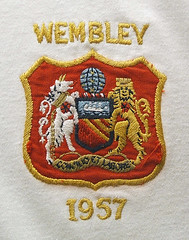 Manchester United 1957 FA Cup Final badge