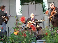 Earl Scruggs with Family and Friends in Grand Rapids, MI #3