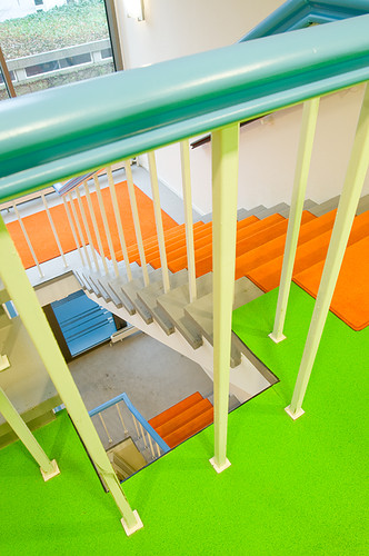 "At Work In Googleplex What Amazing >> Colorful Office Interiors which Look like a ""Playground for Kids"""