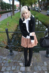 17th of September 2009 (DailyFashionBoost) Tags: flowers summer orange brown white black fall floral leather vintage gold pumps military thenetherlands belts tights dresses heels bags hm selfmade bows outfits jackets suede blouses viktorrolf fornarina pleads anklestraps