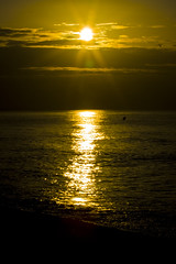 Ray of Hope (Memnoch, The Fallen Angel [I'm Back!]) Tags: light sea sun luz sol sunrise wonderful hope mar ray alba esperança amanecer rayo mundo esperanza llum louisarmstrong raig wonderfulworld wolrd maravilloso
