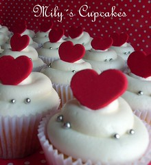 Red hearts ♥ (Mily'sCupcakes) Tags: hearts