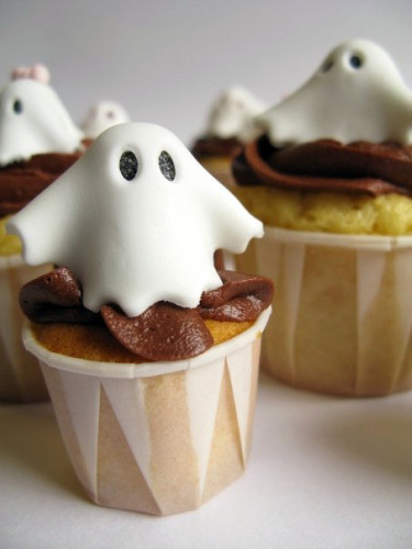Ghosts of Cupcakes Past