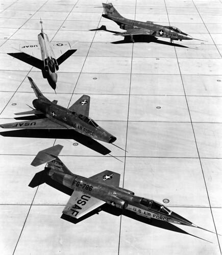 Airplane picture - F-100A Super Sabre, F-101 Voodoo, F-102 Delta Dagger & F-104