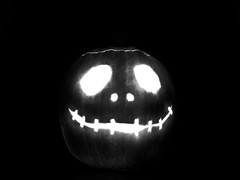 Meet Jack (dubbelt_halvslag) Tags: longexposure light blackandwhite bw holiday black halloween jack long exposure raw jackolantern carving pumpkincarving lantern nightmarebeforechristmas pumkin jackthepumpkinking g10 lngexponeringstid